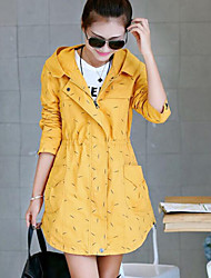 Women's Polka Dot Trench Coat , Vintage / Casual