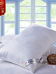 10% Silk 90% Polyster Flower Bed Pillow Neck Singer Soft Pillow Bedding Set(Random Color)