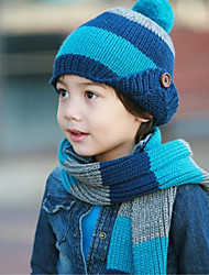 Kid's Stripe Buttons Knitting Hat and Scarf Set