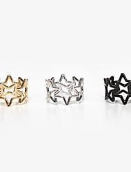Overlapping Fashion Hollow Pentagram Ring(Random Color)
