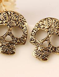 Pendientes cortos Legierung Moda Forma de Cráneo Plata Dorado Joyas Fiesta Halloween Diario Casual 2 piezas