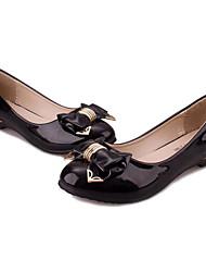 Chaussures Femme - Extérieure / Bureau & Travail / Habillé / Décontracté - Noir / Blanc - Talon Plat - Bout Arrondi - Plates - Similicuir