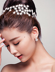 Amun-re Women's Rhinestone / Alloy Headpiece - Wedding / Special Occasion Irregular Star Tiaras  1 Piece