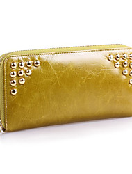Women 's Oil Wax Genuine Leather Oil Wax Clutches Wallet Fashion Carved Zipper Rivet Handbags