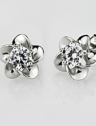 S925 Fine Silver Flower Shape Crystal Stud Earrings