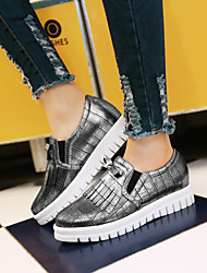 Women's Shoes Leatherette Low Heel Platform / Round Toe Fashion Sneakers Outdoor / Athletic / Casual White / Silver
