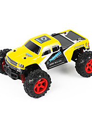 FQ777-9013 1:24 Electroniratio  Ratio 2.4 GHz All Four-Wheel-Drive Model Car