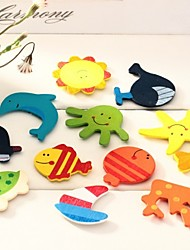 5Pcs Colorful Wooden Cartoon Refrigerator Magnets(Ramdon Color)
