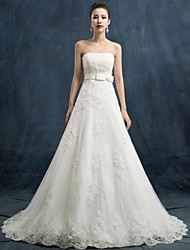 A-line Wedding Dress Chapel Train Strapless Lace / Satin / Tulle with Appliques / Beading