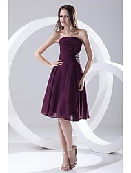 Knee-length Chiffon Bridesmaid Dress A-line Strapless with Beading