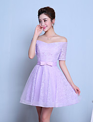Knee-length Tulle Bridesmaid Dress A-line Bateau with