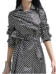 Women's Polka Dot Red / Black Coat,Simple Long Sleeve Polyester