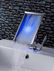 Contemporain Montage LED / Cascade with  Valve en céramique Mitigeur un trou for  Chromé , Robinet lavabo