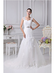 Trumpet / Mermaid Wedding Dress Chapel Train Sweetheart Satin / Tulle with Appliques / Beading / Crystal Floral Pin