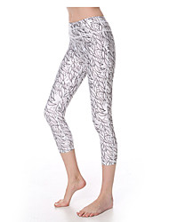 Yokaland Classic Fit  Three Quarter Yoga Capri With Print