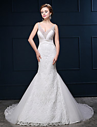 Trumpet / Mermaid Wedding Dress Court Train V-neck Lace / Satin / Tulle with Beading / Lace / Ruche / Ruffle