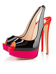 Mujer-Tacón Stiletto-TaconesOficina y Trabajo / Vestido / Fiesta y Noche-Cuero Patentado / Semicuero-Negro y Rojo