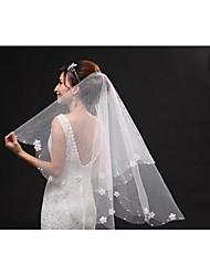 Fingerspitzenlange Schleier(Beige,Tüll,Verstreute Perlen mit Blumen / Stickereien) -Engelschnitt /Wasserfall-Schnittkante