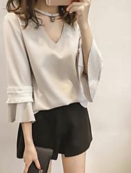 Women's Fashion Three-quarters Lace Sleeve Shirts