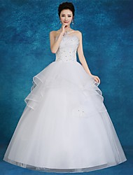 Ball Gown Wedding Dress Floor-length Strapless Satin / Tulle with Lace / Appliques