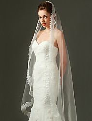 Wedding Veil One-tier Fingertip Veils / Chapel Veils  Applique Edge