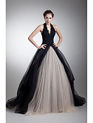 Formal Evening Dress A-line Halter Court Train Tulle with Appliques / Beading