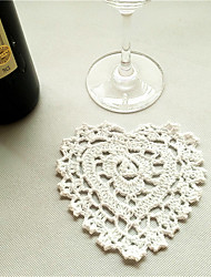 30pcs/lot Vintage Heart Shaped Placemats Love Hand Crocheted Cotton Wedding Doilies Pads