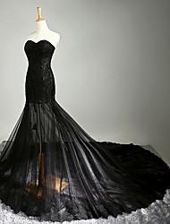 Fit & Flare Wedding Dress-Black Chapel Train Sweetheart Lace / Tulle