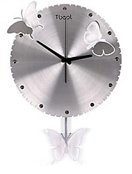 Simple Fluttering Butterfly Three-Dimensional Art Clock