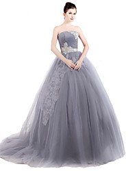 Formal Evening Dress Ball Gown Strapless Sweep / Brush Train Tulle with Bow(s)