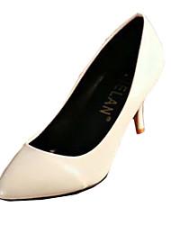 Mujer-Tacón Stiletto-Tacones-Tacones-Casual-PU-Negro / Blanco / Beige