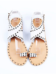 Women's Shoes Leatherette Summer Heels / Peep Toe Sandals Office & Career / Party & Evening / Casual Flat Heel Rivet