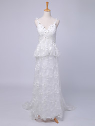 Sheath / Column Wedding Dress Sweep / Brush Train Spaghetti Straps Lace / Satin with Criss-Cross / Lace / Pattern