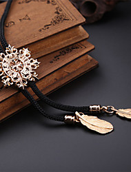 Fashion Men's Jewelry Shirt Necktie Hollow Snowflake Pattern Bolo Tie