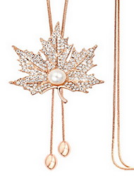 Exquisite Crystal Maple Leaf Pendant Necklace Jewelry for Lady