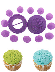 14-Piece lot Cupcake Decorating Set Pastry Plunger Cutters Cake Decoration Chocolate Sugarcraft Baking Mold Random Color