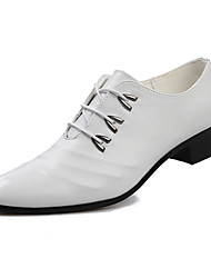 Men's Flats Spring / Fall Flats Leatherette Office & Career / Party & Evening / Casual Flat Heel  Black / White Others