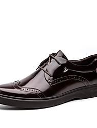 Черный / Бордовый Мужская обувь Свадьба / Для офиса / Для вечеринки / ужина Кожа Туфли на шнуровке