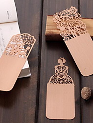 Vintage Wooden Bookmark Creative Gifts Hollow Thin Antiquity Hardcover Bookmark (Random Pattern)