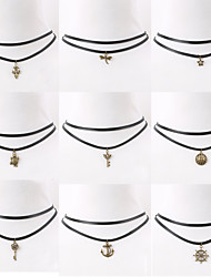 Necklace Choker Necklaces / Pendant Necklaces Jewelry Daily / Casual Fashion Alloy / Nylon Black 1pc Gift