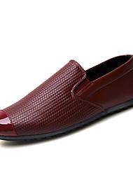 Men's Loafers & Slip-Ons Spring / Fall Comfort PU Casual Flat Heel Slip-on Black / Red / White Sneaker