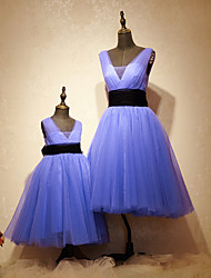 Formal Evening Dress - Mini Me A-line Scoop Tea-length Tulle Charmeuse with Sash / Ribbon
