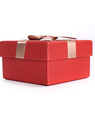 Specialty Paper Gift Package Boxes   Specifications 13.5*13.5*6.8CM