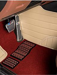 cercado por tudo rodeado por um grande carro pufes de couro especial tapetes de chão tapete do carro