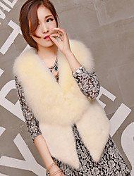 Women's Casual/Daily Simple Fur Coat,Solid Sleeveless Winter Beige / Black Fox Fur