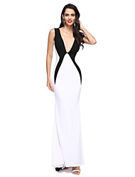 2017 TS Couture® Formal Evening Dress Sheath / Column V-neck Sweep / Brush Train Jersey with