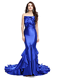 TS Couture Formal Evening Dress - Open Back Celebrity Style Trumpet / Mermaid Strapless Court Train Stretch Satin with Ruffles Pleats