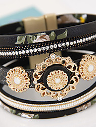 Women Fashion Simple Flowers Multilayer Magnetic Leather Bracelet