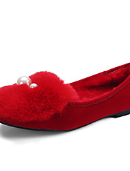 Women's Loafers & Slip-Ons Spring / Fall / Winter Comfort Fur Outdoor / Dress / Casual Flat Heel Slip-on Black / Red Others