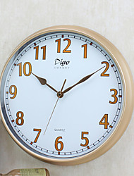 Vintage Wall Clock Round Shape Plastic Case 15 inch Indoor Clock
